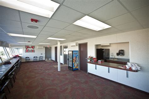Mustang High School   Bentley Flooring