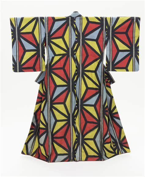geometric pattern kimono these gorgeous vintage kimonos will change the way you