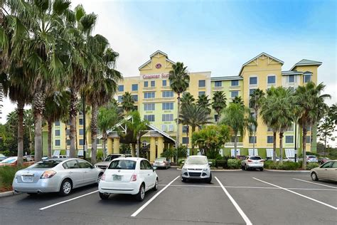 comfort suites hotel orlando comfort suites maingate east reviews photos rates