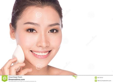 beautiful teen getting asian makeup foundation lesbian pantyhose sex