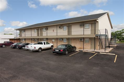 College Appartment by College Park Apartments Waco All Bills Paid