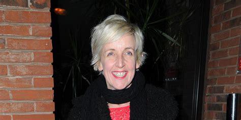 katie mcglynn julie hesmondalghs corrie leaving party digital spy coronation street s julie hesmondhalgh has leaving party