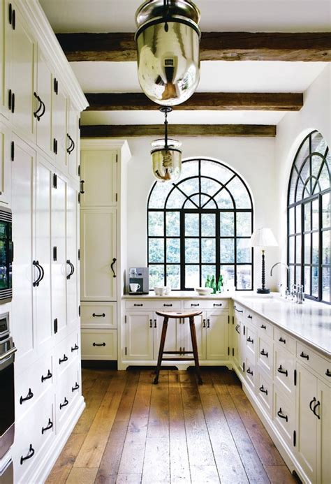 white cabinets with rubbed bronze hardware white cabinets with rubbed bronze hardware design ideas