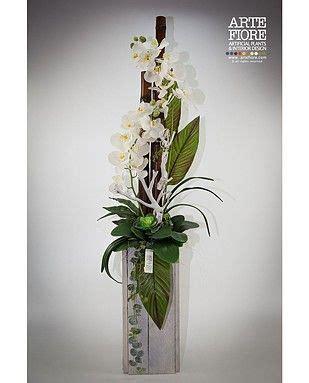 orchidea fiori secchi composizione floreale con fiori artificiali in tessuto