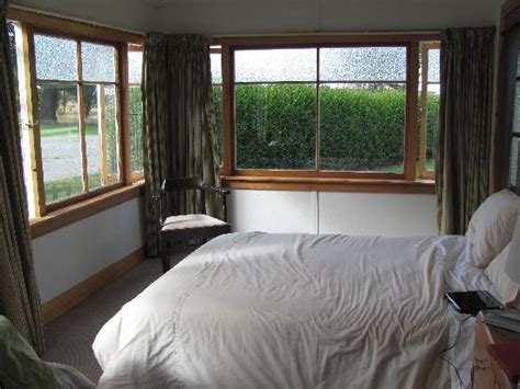 sunroom bedroom sunroom bedroom picture of omahau downs twizel