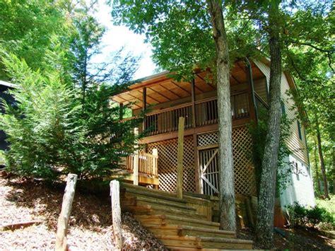 Den Cabins Nc by Fox Den Cabin Near Casino Great Smoky Mountains