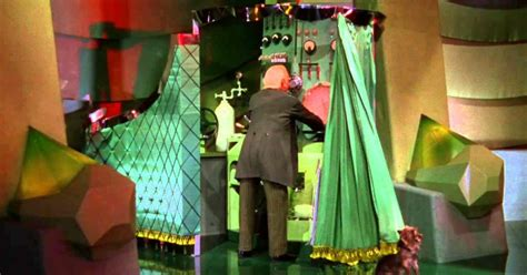the man behind the curtain wizard of oz the wizard is trump