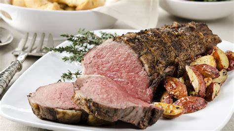 how to cook beef tenderloin like you re a total pro