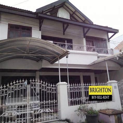 rumah disewakan  baruk nirwana surabaya timur harga murah strategis