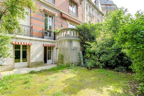 terrasse jardin 16e duplex avec terrasse et jardin dans h 244 tel
