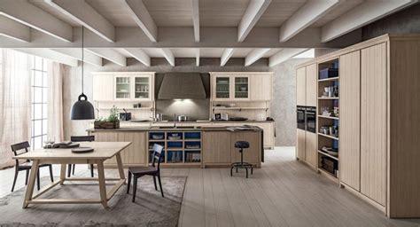 cucine in legno massiccio cucine classiche in legno massello scandola in outlet