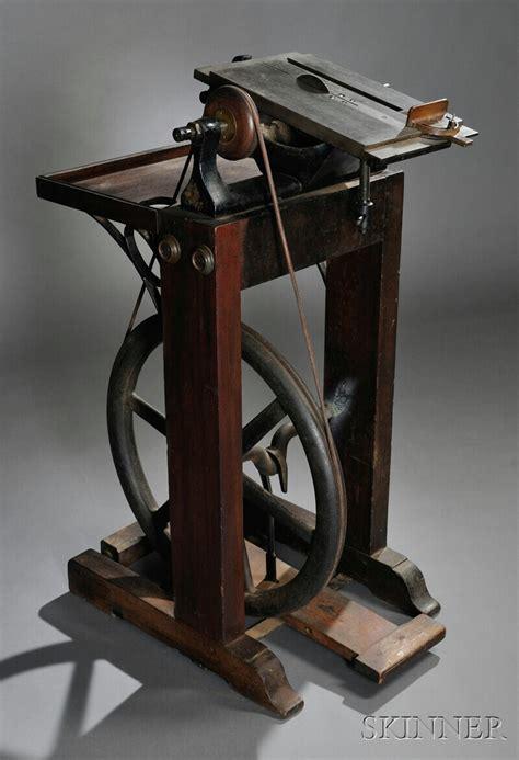 treadle powered table saw last quarter 19th century