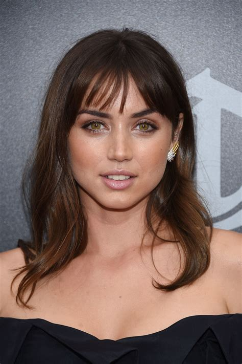 Shoulder Length Hairstyles With Bangs by De Armas Medium Wavy Cut With Bangs Medium Wavy Cut