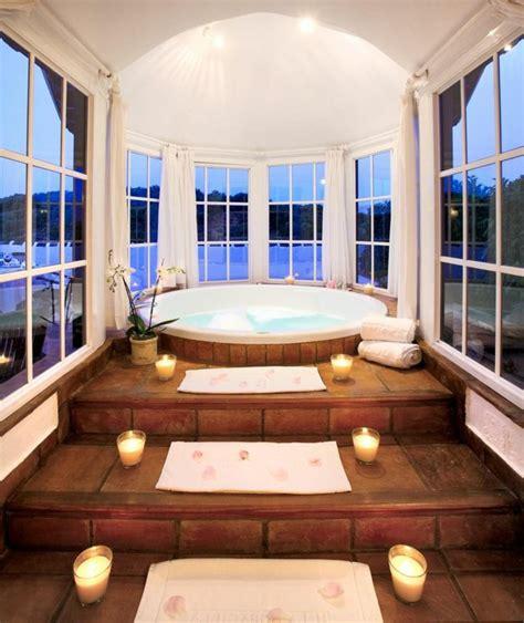 baignoire balneo bois baignoire ronde en bois maison design wiblia