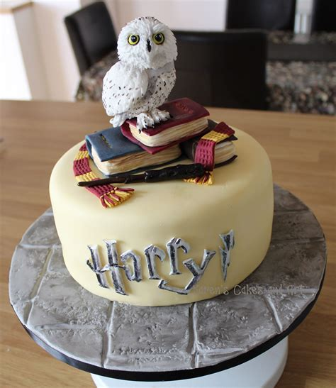 themed birthday cakes soweto harry potter themed cake little hedwig with spellbooks