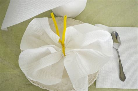 Paper Towel Origami - paper towels and tissue origami with a 4 vudu