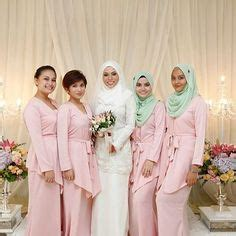 Color Baju Bridesmaid 1000 images about wedding inspiration on paper flower backdrop paper flowers and