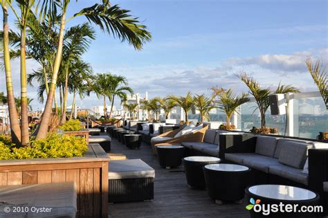 top bars miami party it up best hotel rooftop bars in miami oyster com
