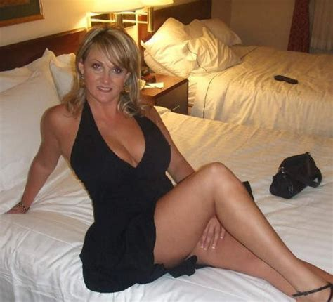 Just Waiting To B Fucked A Dress Mother Cougar Milf