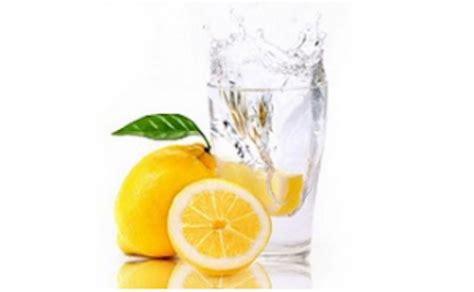 Lemon Water Detox Constipation by 25 Best Ideas About Lemon Water On Honey