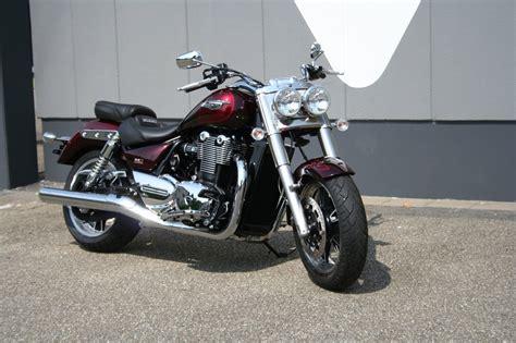 Motorrad Verkaufen Mannheim by Verleihmotorrad Triumph Thunderbird Commander Vom H 228 Ndler
