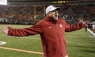 who s the longest tenured fbs coach now that bob stoops