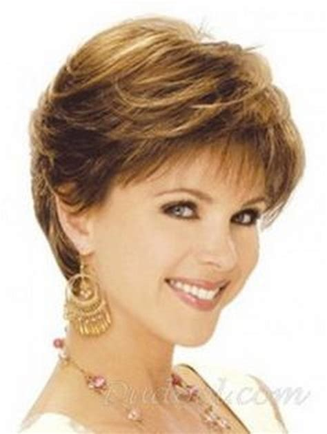 feathered layered haircuts 50 feathered haircuts for women over 50