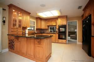 Kitchen Peninsula Design Pictures Of Kitchens Traditional Light Wood Kitchen