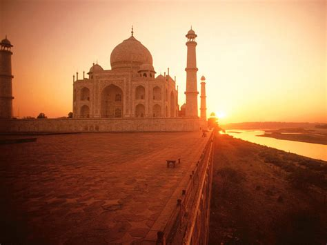 wallpaper for walls in india the taj mahal at sunset india wallpapers hd wallpapers