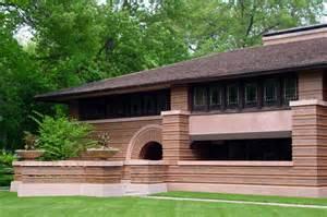 frank lloyd wright prairie huertley house in oak park illinois designed by frank lloyd wright in 1902 exterior by bud