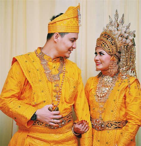 Baju Nikah Melayu baju pengantin melayu untuk pesta pernikahan yang dapat memberikan kesan mewah