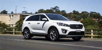 Kia Hyundai Hyundai Santa Fe Highlander V Kia Sorento Platinum Comparison Review Photos 1 Of 158