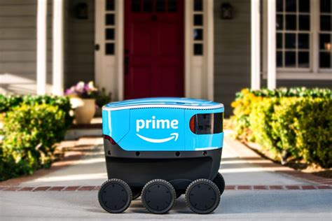 amazon  training  scout delivery robots  verge
