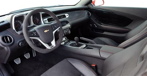2012 Camaro Interior by 2012 Chevrolet Camaro Zl1 Autoblog