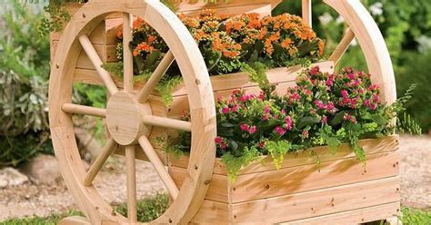 diy planter  wagon wheels solid wood wagon wheel