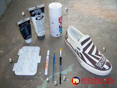cara membuat sepatu lukis kreativitas