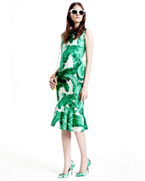 Sleeveless Leaf Print Dress dolce gabbana sleeveless banana leaf print midi dress