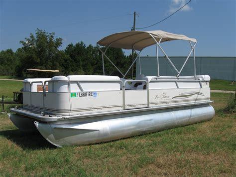 smoker craft pontoon 2004 smokercraft sunchaser 820 20 pontoon used excellent