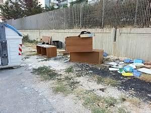 ritiro mobili usati bari mobili e cucine il bazar dei rifiuti l amiu costretta