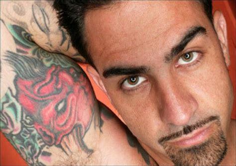 chris nunez tattoo artist men who are attractive