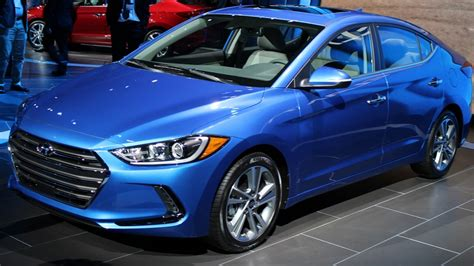 Hyundai Elantra India Price all new hyundai elantra india 2017 price specs launch