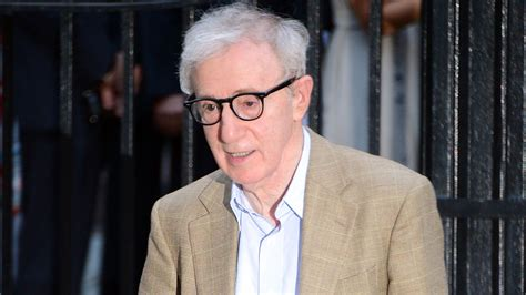 woody allen adopted daughter accuses woody allen of assaulting her at