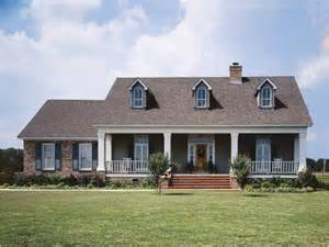 Country House Plans Online Eplans Low Country House Plan Romance Of A Colonial