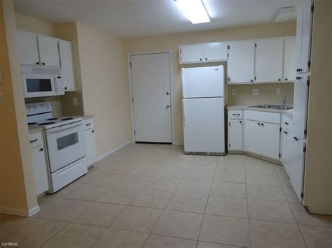 1 bedroom apartments for rent in edinburg tx 902 w smith st edinburg tx 78541 rentals edinburg tx