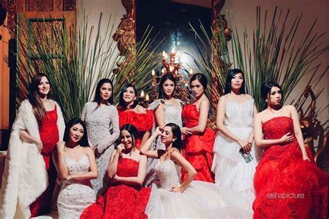 Karenina Merah foto elegan dan unik pemotretan geng sosialita nia ramadhani jedar