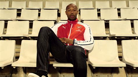 Damos Festivale Arsenal Legends arsenal legend thierry henry sets gooners a challenge in