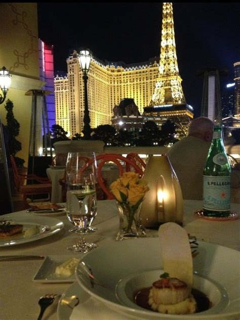 picasso paintings bellagio 17 best images about fabulous restaurants i ve been to on