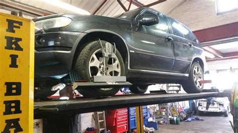 bmw x5 rear wheel alignment renault scenic brakes bmw x5 tracking alignment and our