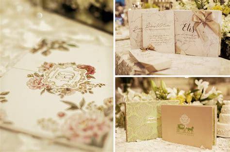 Undangan Tema Weddingbook ide dekorasi pernikahan bertema putih yang timeless weddingku