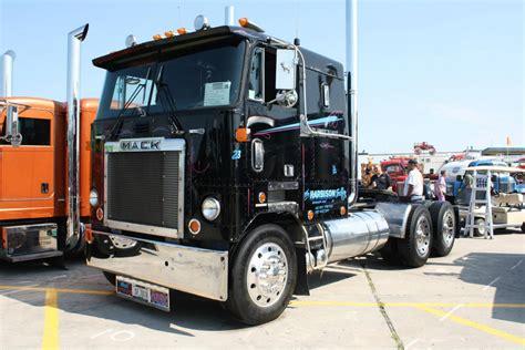 truck wi mack cruiseliner wi craigslist trucks for sale